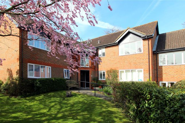 Flat for sale in Oakwood Park, Hartfield Road, Forest Row, East Sussex