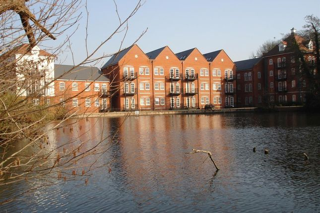 Thumbnail Maisonette to rent in Waterside Lane, Colchester