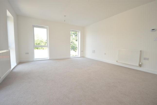 Thumbnail Flat to rent in Mulberry Way, Combe Down, Bath