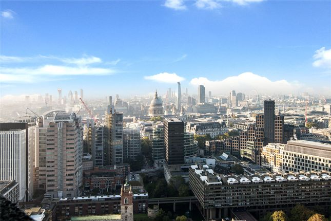 Thumbnail Flat for sale in Cromwell Tower, Barbican