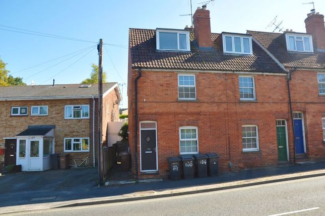 3 bed end terrace house to rent in New Street, Andover SP10