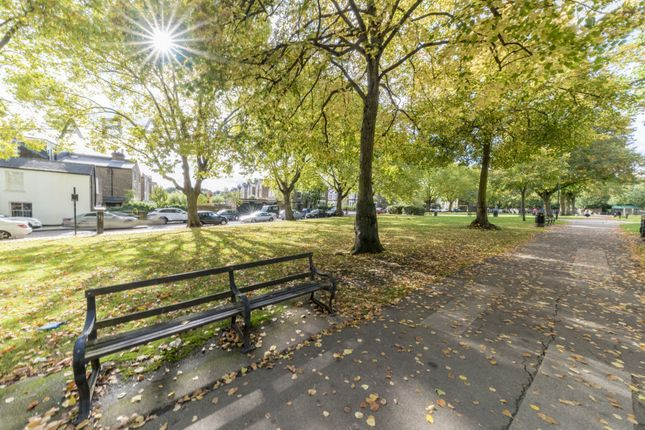 Thumbnail Flat for sale in Fortune Green Road, West Hampstead