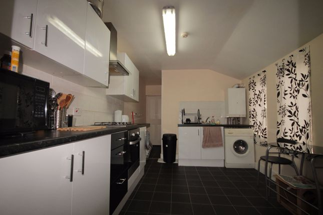 Thumbnail Flat to rent in Wakefield Street, East Ham