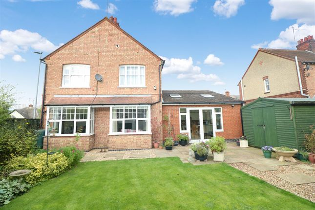 Thumbnail Detached house for sale in Newton Road, Rushden