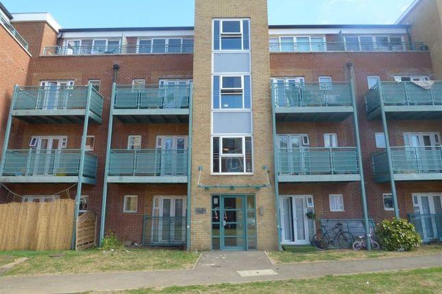 2 bed flat for sale in Rivington Court, Dagenham, Essex