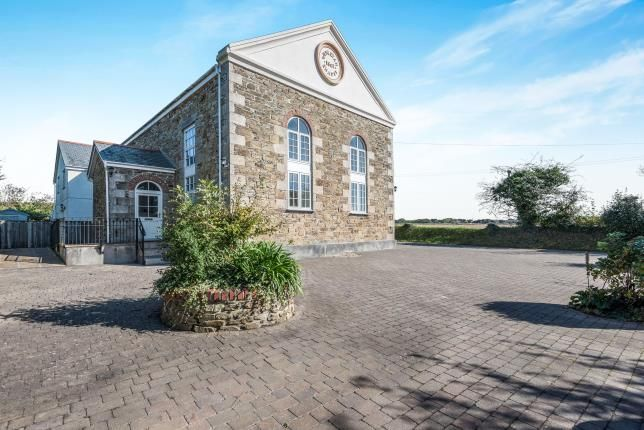Thumbnail Flat for sale in Illogan Downs, Redruth, Cornwall