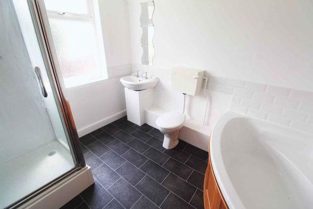 Bathroom of Burnt Lane, Gorleston, Great Yarmouth NR31