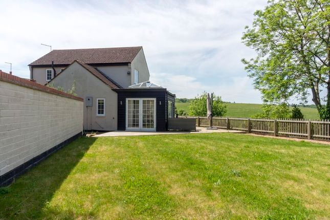 3 bed detached house to rent in Station Road, Ridgmont, Bedford MK43