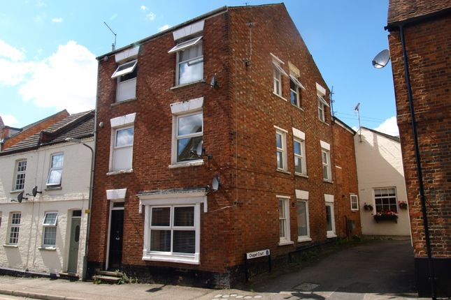 Maisonette to rent in Silver Street, Newport Pagnell, Buckinghamshire