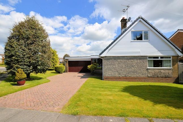 3 bed detached house for sale in Freckleton Drive, Bury