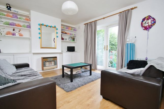 4 bed end terrace house to rent in Clematis Street, London