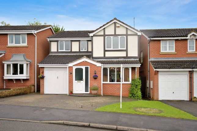 Thumbnail Detached house for sale in Hawker Road, Oadby, Leicester