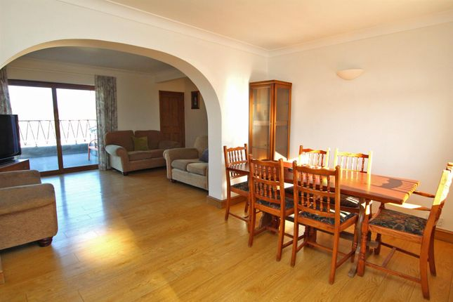 Dining Area of Middlebeck Drive, Arnold, Nottingham NG5