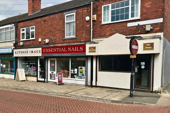 Thumbnail Commercial property to let in Ravendale Street North, Scunthorpe