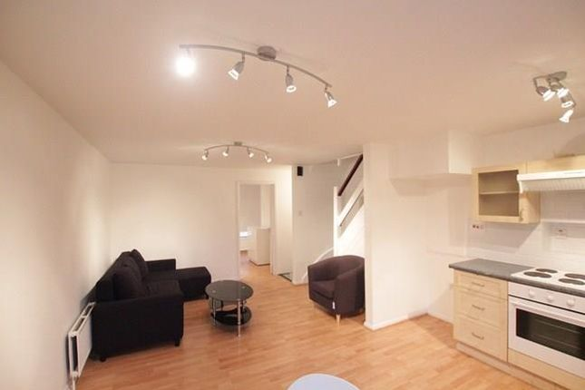 Thumbnail Terraced house to rent in Thane Villas, Finsbury Park