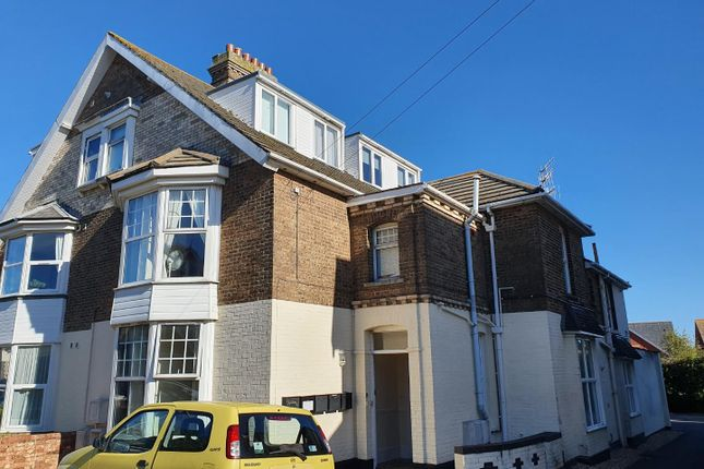 2 bed flat to rent in Spacious Ground Floor Apartment, Allocated Parking, Glendinning Avenue DT4