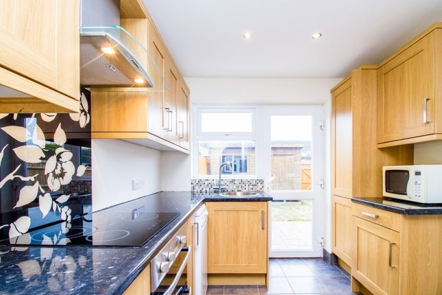 Thumbnail Terraced house to rent in Bowgrave Copse, Abingdon