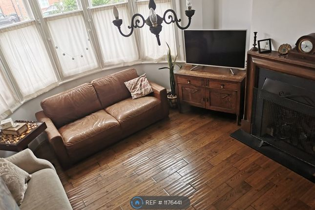 Thumbnail Semi-detached house to rent in River Avenue, London