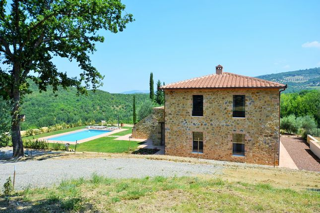 Thumbnail Detached house for sale in Via Roma, Montalcino, Siena, Tuscany, Italy