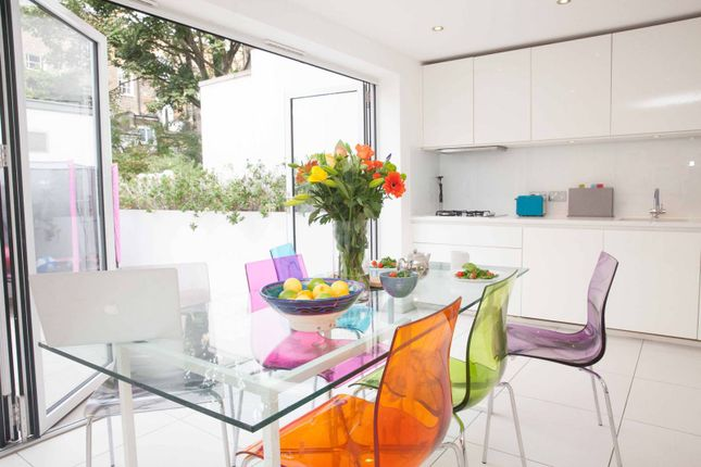 4 bed terraced house for sale in Huntingdon Street, Barnsbury