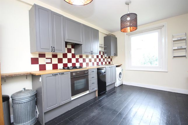 Thumbnail Flat to rent in Emanuel Avenue, London