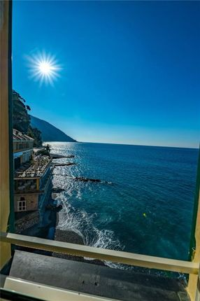 Picture No. 06 of Camogli Waterfront Apartment, Via Garibaldi, Camogli, Liguria