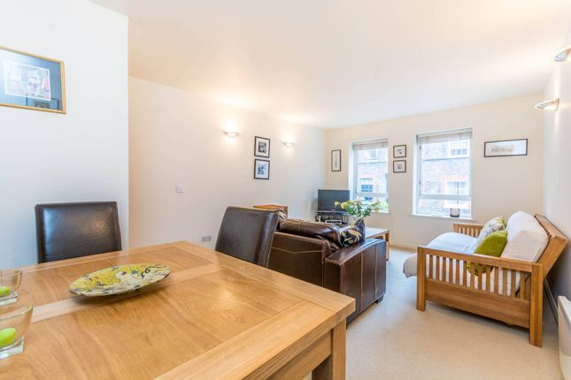 Thumbnail Flat for sale in Craven Street, Covent Garden