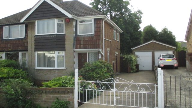 Thumbnail Semi-detached house to rent in Meadow Park Crescent, Pudsey, Leeds