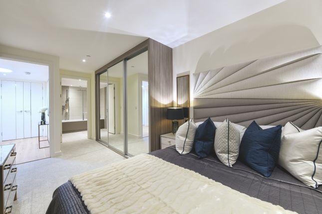 Thumbnail Flat to rent in Hampton Apartments Duke Of Wellington Avenue, London