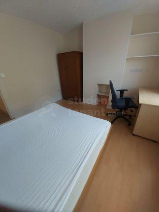 1Stfloor-Front-Room-3