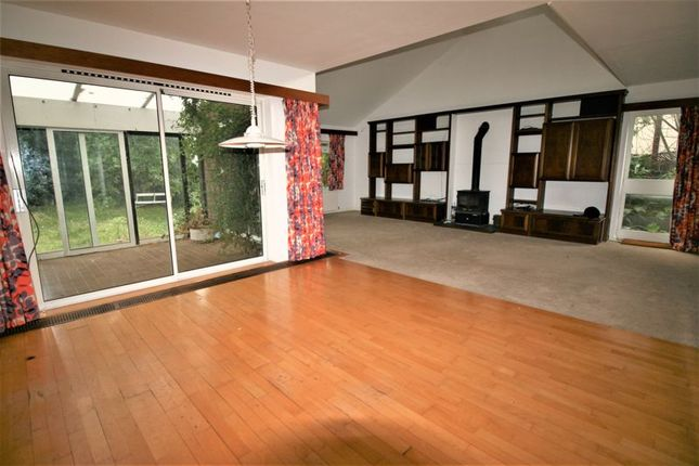 Thumbnail Bungalow to rent in Freeman Way, Hornchurch