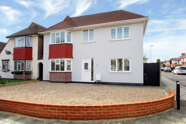 Thumbnail Link-detached house to rent in Lawrence Avenue, New Malden, Surrey