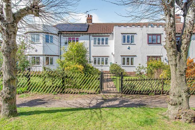 Thumbnail Terraced house for sale in The Grove, Wheatley Hills, Doncaster