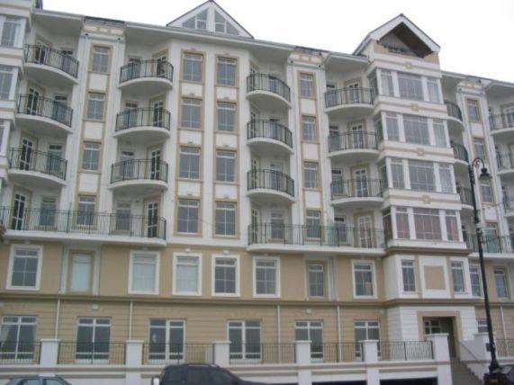 Thumbnail Flat to rent in Queens Apartments, Palace Terrace, Douglas