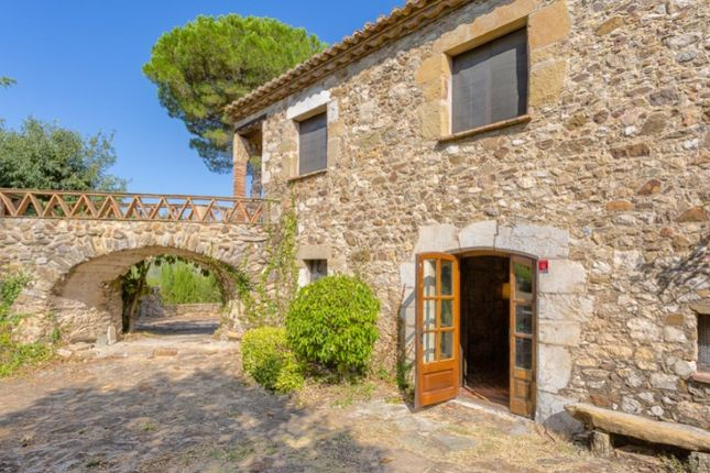 Properties for sale in Cruïlles, Monells i Sant Sadurní de l'Heura, Girona,  Catalonia, Spain - Cruïlles, Monells i Sant Sadurní de l'Heura, Girona,  Catalonia, Spain properties for sale - Primelocation