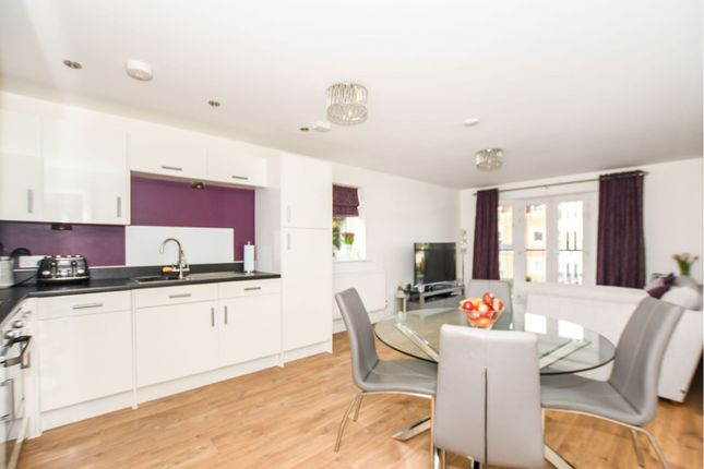 Thumbnail Flat For Sale In 97 Stafford Avenue Hornchurch