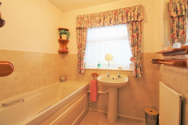 Bathroom of Pelham Road, Bexleyheath DA7