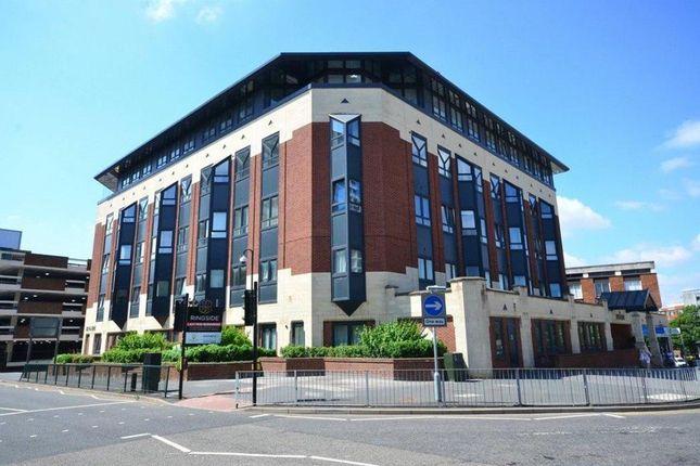 Thumbnail Flat for sale in High Street, Bracknell