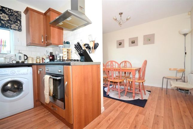 3 bed property to rent in Maywood Avenue, Eastbourne