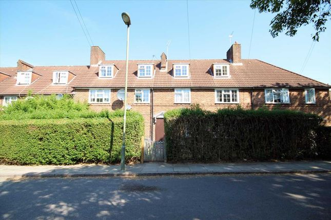 Thumbnail Flat for sale in Deansbrook Road, Edgware HA8.