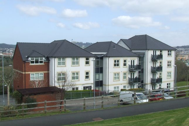 Thumbnail Flat to rent in Cleave Road, Sticklepath, Barnstaple