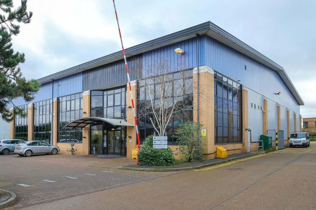 Thumbnail Industrial to let in Unit 2, 1 Eastern Road, Bracknell