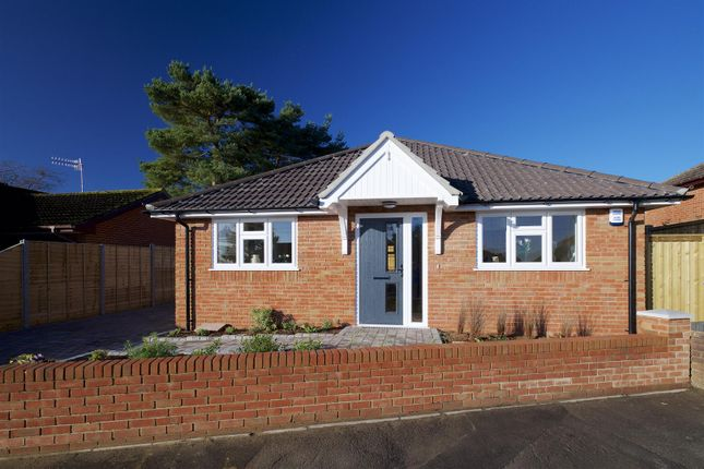 Thumbnail Bungalow for sale in Woodlinken Way, Verwood