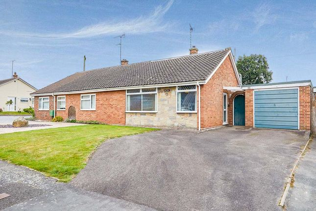 Thumbnail Bungalow for sale in Walford Road, Rolleston-On-Dove, Burton-On-Trent