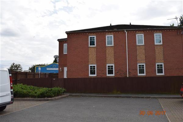 Thumbnail Maisonette for sale in Clarence St, Upper Gornal, Dudley