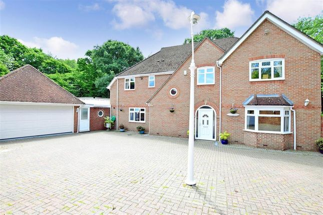 Thumbnail Detached house for sale in Delarue Close, Tonbridge, Kent