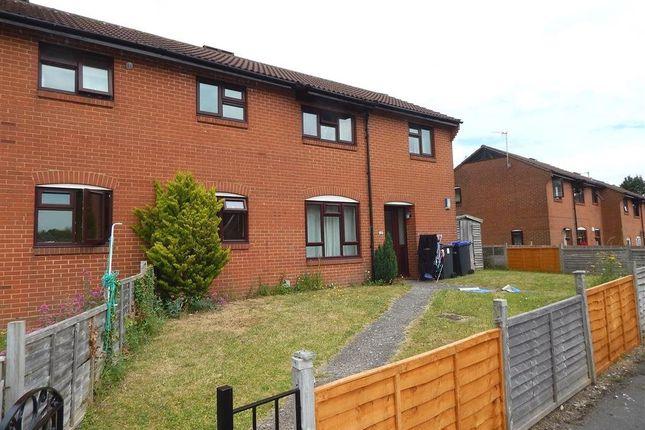 Thumbnail Flat to rent in Hawksridge, Salisbury, Wiltshire