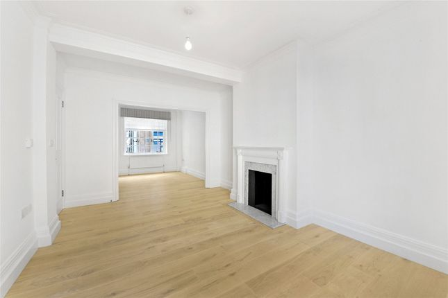 1 bed flat to rent in Little Dorchester Court, 139 Pavilion Road, London SW1X