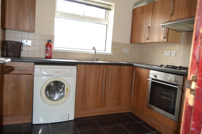 Thumbnail Flat to rent in Llantrisant Street, Cardiff