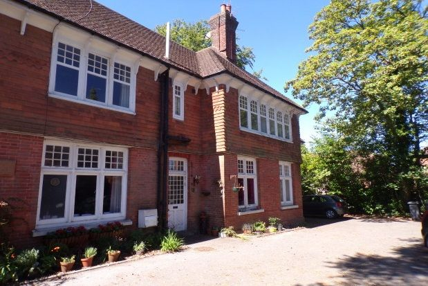 Thumbnail Flat to rent in St. Johns Road, St. Johns, Crowborough
